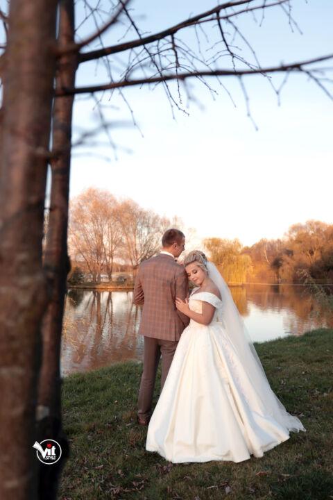 . Весілля, фотограф на весіля, відеограф на весіля, відеоператор на весілля,весілля львів, весіля стрий, фото стрий, відео та фото студія стрий, відео та фото студія львів, планування весіля, весільні послуги, камера на весілля, все дя весілля, організація на весілля, весільна зйомка, зйомка весілля, весільний кліп, відео на весілля, весільні тизери, весільне відео.